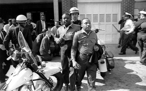MLK getting arrested