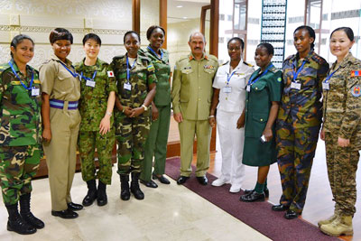 B20_EditorsPicks_UNWomen_India_FemaleMilitaryTraining_2015_DSC_7515_1_400x267