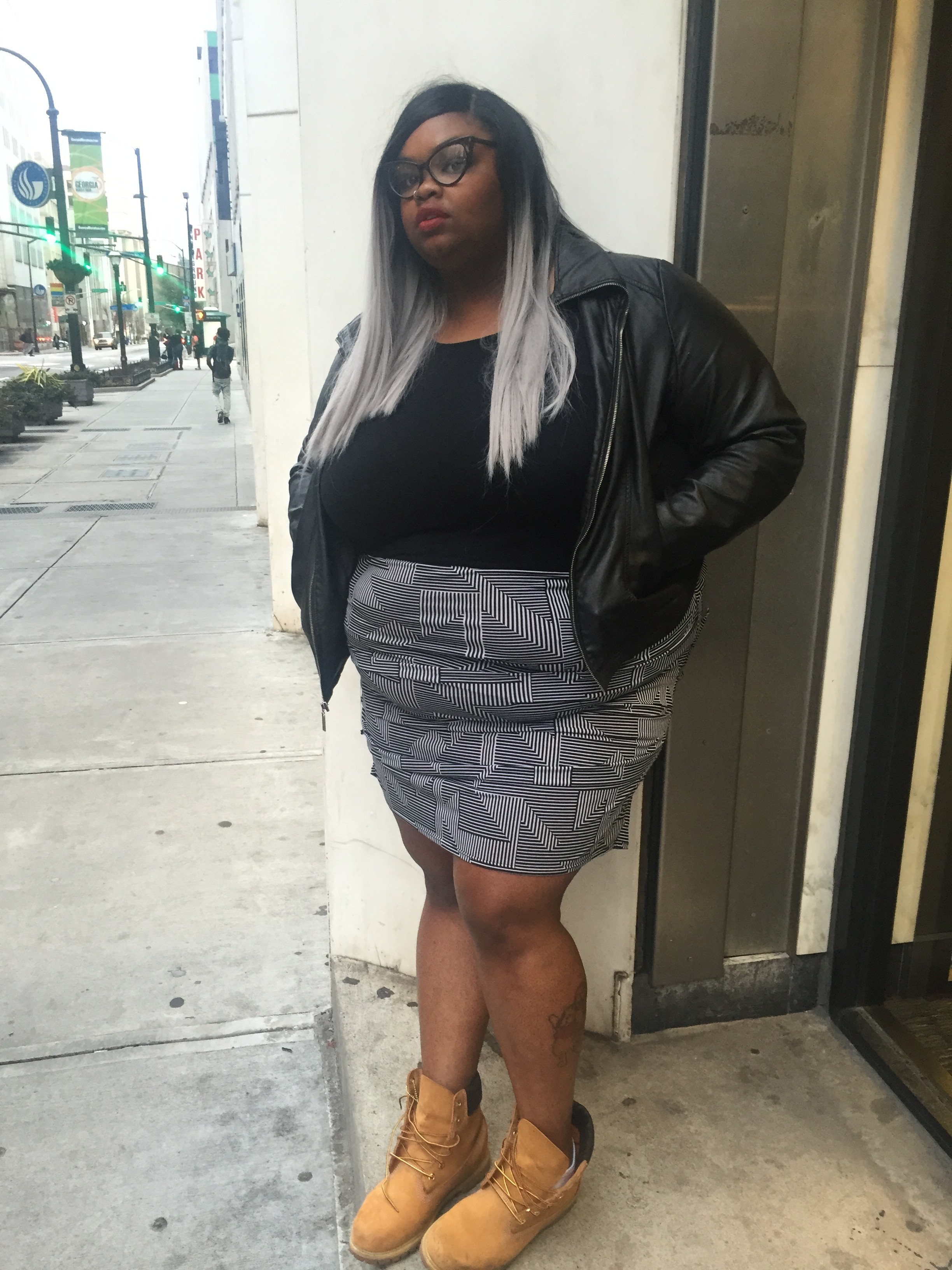 Fat Women Black 104