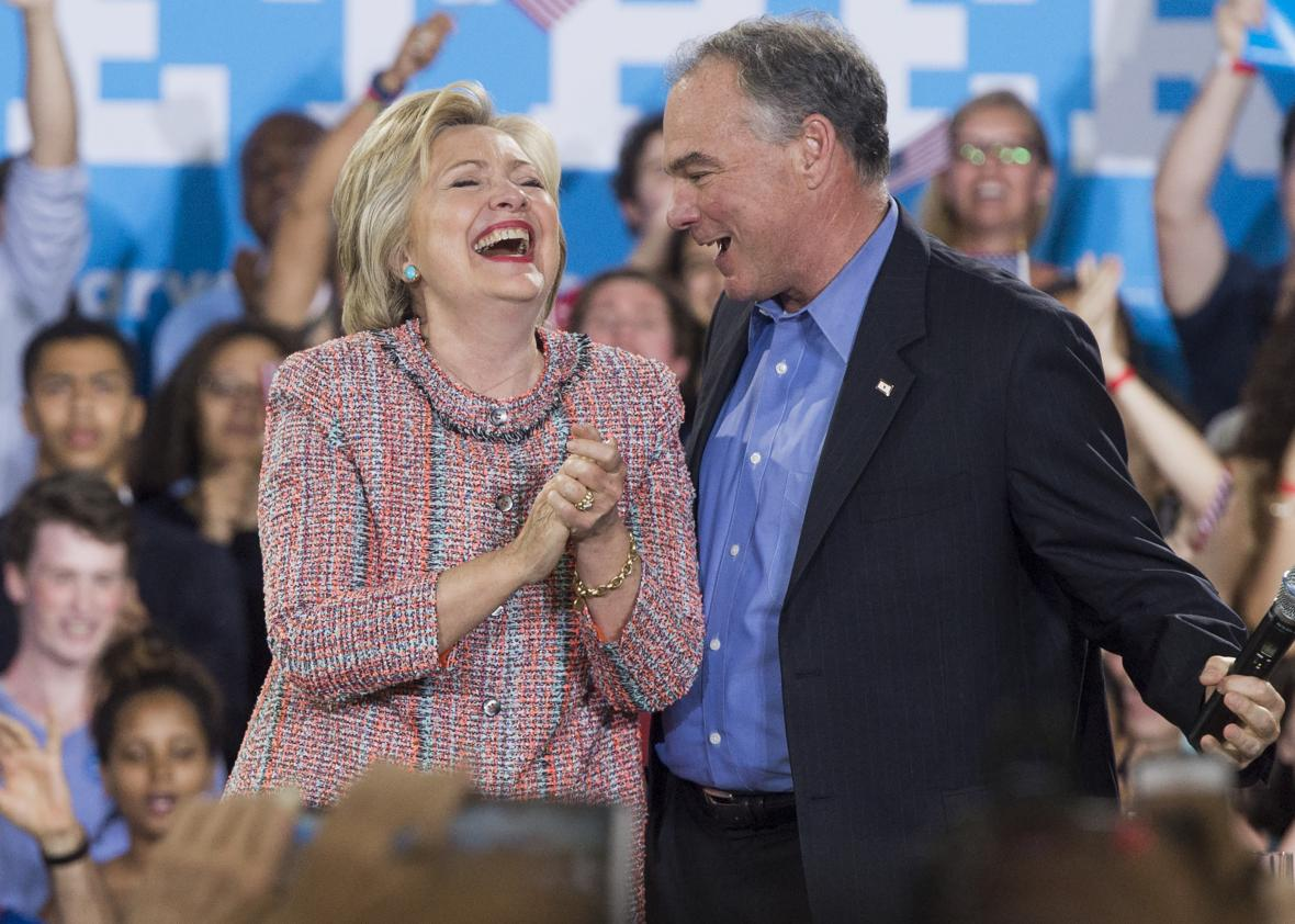 547384532-democratic-presidential-candidate-hillary-clinton-and.jpg.CROP.promo-xlarge2
