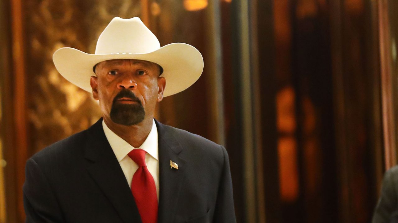 sheriff david clarke with a hat